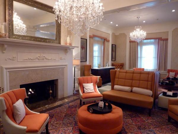 Wayne Hotel Lobby