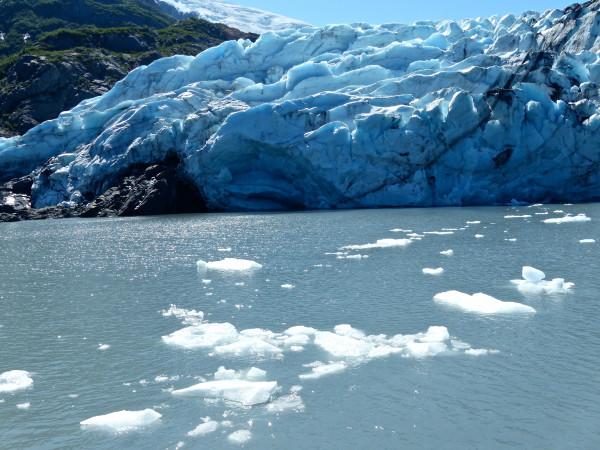 Portage Glacier with iceburgs