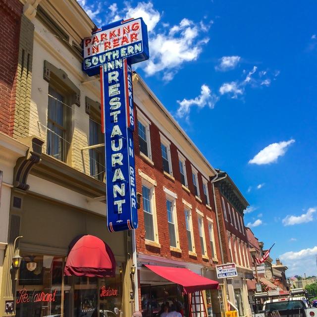 Lexington - downtown street 2