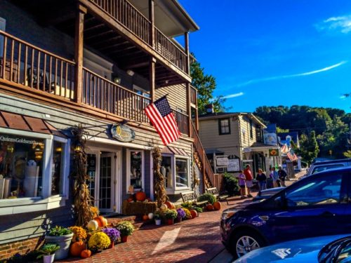 Day Trip to Occoquan- cute street view 2