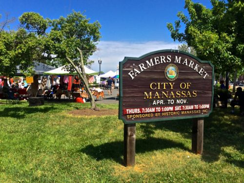 DC Day Trip to Manassas- farmers market sign