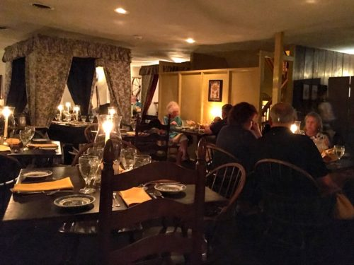 gettysburg-getaway-dobbin-house-tavern-interior