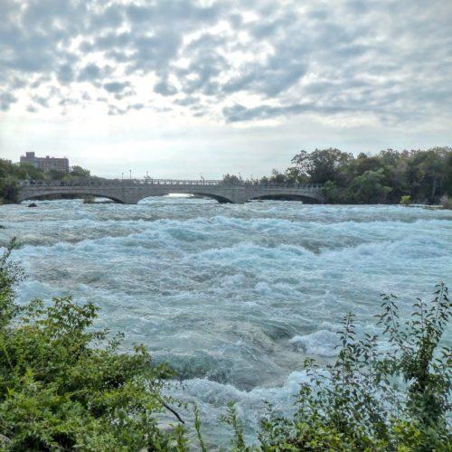 niagara-falls-ny-choppy-waters